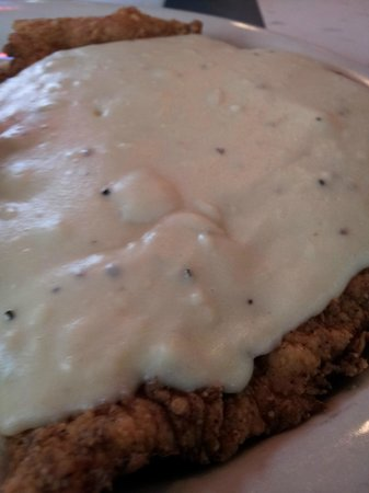 Willies Grill and Ice House: Big Ole Chicken Fried Chicken