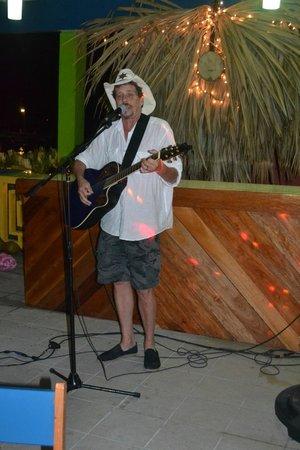 DC & Szana's Country Cabana: DC crooning a ballad