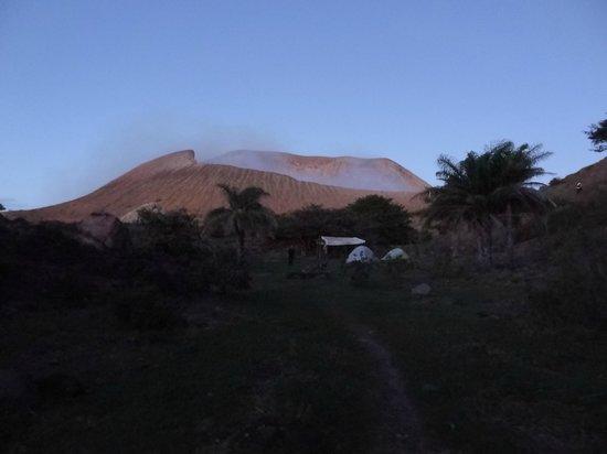 Sonati - Day Tours: Telica volcano and camp site