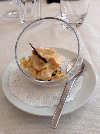 Restaurant Les Tuileries : Entremet surprise sucré