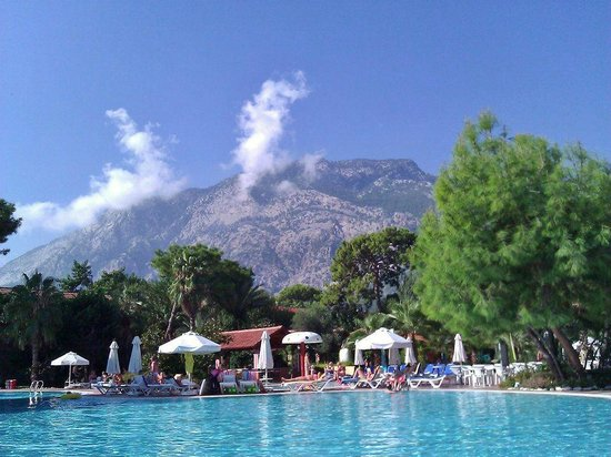 SENTIDO Sultan Beldibi : View from our sunbeds