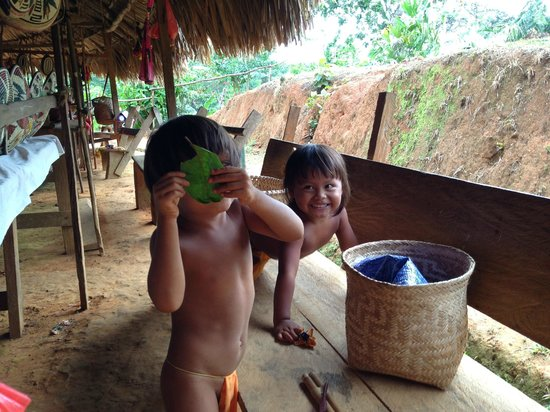 Adventures Panama: The kids were playing and having a blast