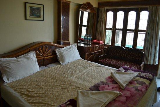 Kedareswar Bed & Breakfast: Chambre