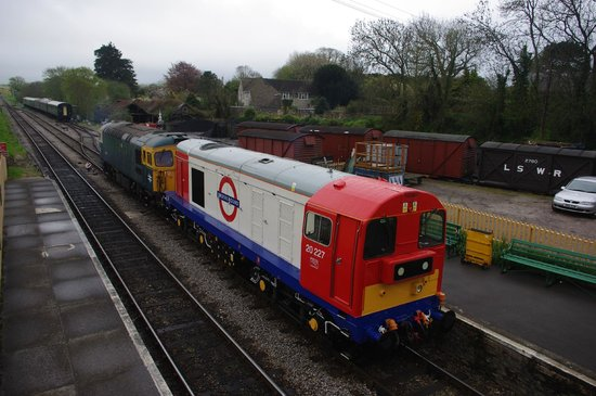 Swanage Railway: Class 33 and 20 prepare for the festival