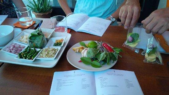 Pum Thai Restaurant & Cooking School: instruction in all ingredients & spices