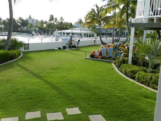 Southernmost Beach Resort : View of West Lawn from south end of building C