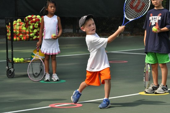 Palmetto Dunes Tennis & Pickleball Center: Kids Tennis Clinics at Palmetto Dunes