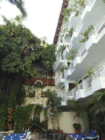Los Arcos Suites: Hotel
