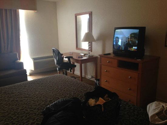 Days Inn Neptune Jacksonville Beach Mayport Mayo Clinic NE: TV/Desk