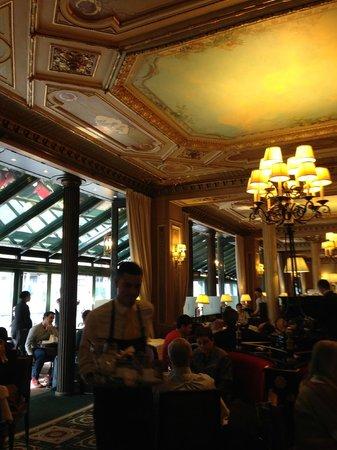 Cafe de la Paix : The Cafe