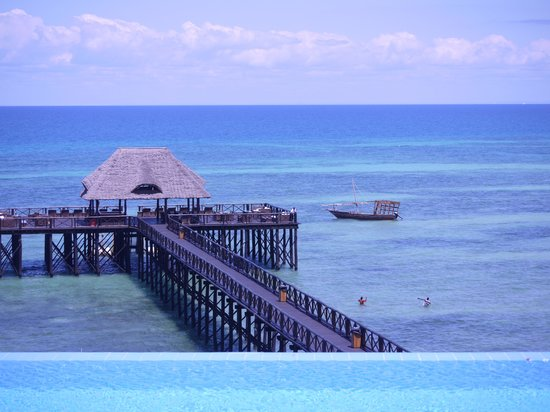 Sea Cliff Resort & Spa: From the Infinity Pool