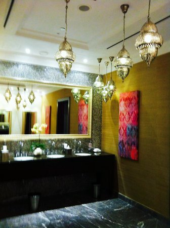 Ajman Saray, A Luxury Collection Resort: Toilette Lobby