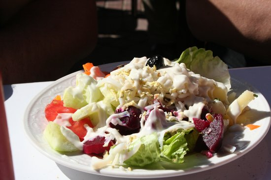 Snack Toubkal: salade marocaine