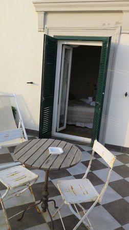 Locanda Garzelli: Entrance from terrace to our room