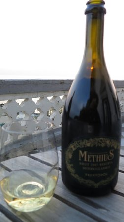 Locanda Garzelli: Make sure to enjoy a bottle of wine at sunset from the terrace!