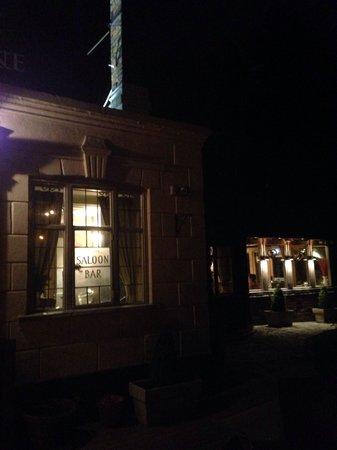 Ye Olde Greene Manne: View at night