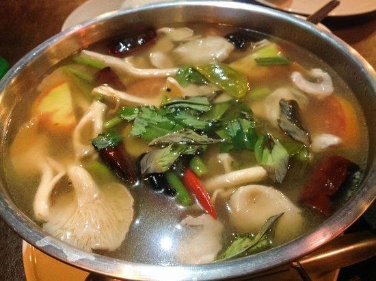 Charaya Restaurant: Tom Yam Talae