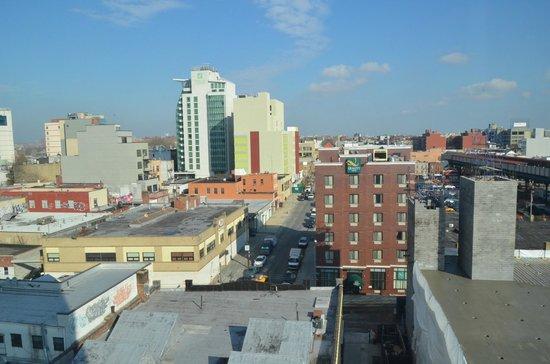 Fairfield Inn & Suites New York Queens/Queensboro Bridge: Vista do quarto 8o andar
