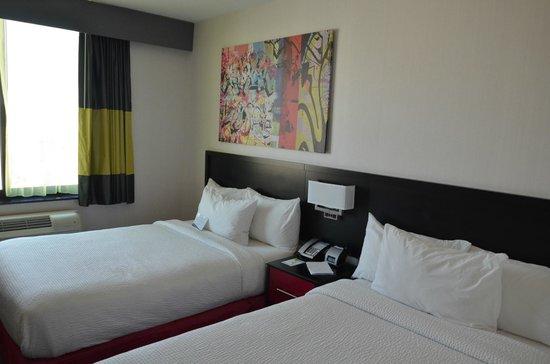 Fairfield Inn & Suites New York Queens/Queensboro Bridge : room