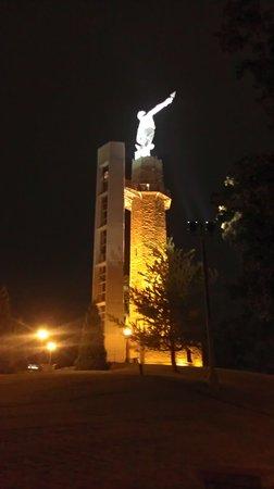 Vulcan Park and Museum: Vulcan at night