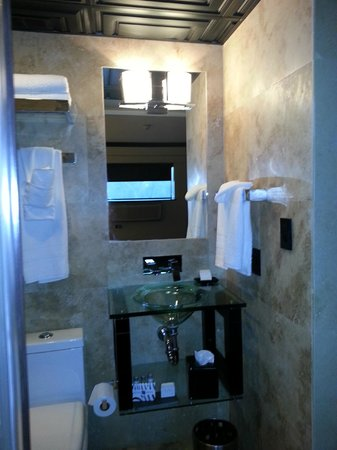 Hotel Duval, Autograph Collection : Bathroom
