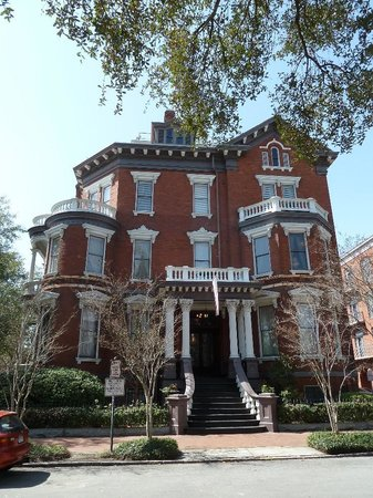Savannah Cultural Heritage Tours and Events: Kehoe Historical Home, now a B&B