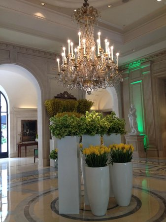 Four Seasons Hotel George V Paris : Lobby