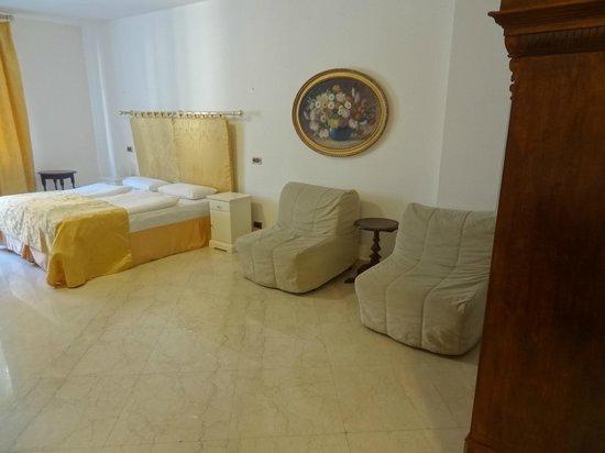 Hotel Leon D'Oro : HABITACIOPN