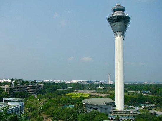 Sama-Sama Hotel KL International Airport: View from breakfast room on 9th floor