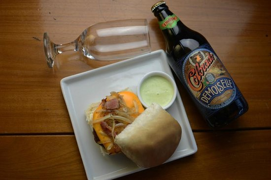 Sausalito Bar : GordoBurguer