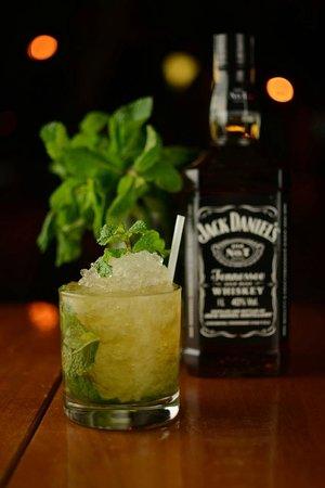 Sausalito Bar : Mint Julep