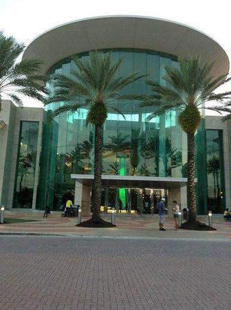 The Mall at Millenia: Entrada principal