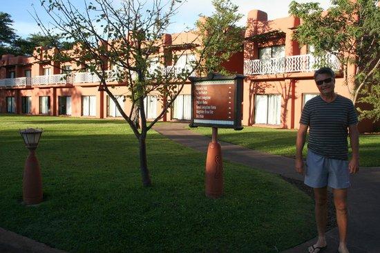 AVANI Victoria Falls Resort: One block of rooms