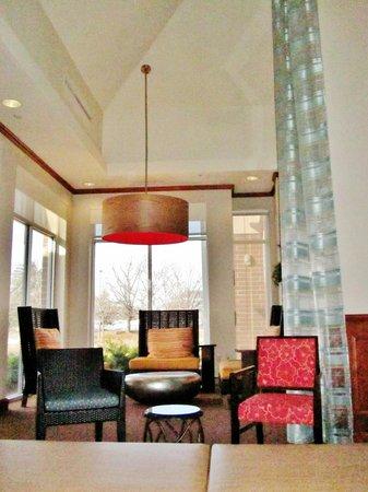 Hilton Garden Inn Schaumburg: lobby