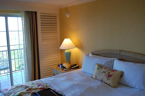 Fairmont Southampton : deluxe room, harbour view