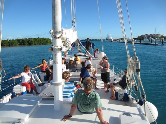 Sun Charters: Sunset Cruise on the Atabeyra