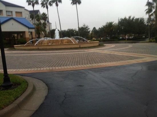 Courtyard Orlando Lake Buena Vista in the Marriott Village: entrada