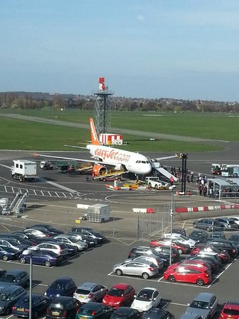 Holiday Inn Southend: View of the Airport