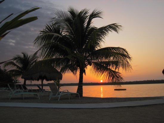 Bacalar Lagoon Resort: Morning in Bacalar