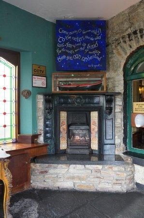 Abbeyglen Castle Hotel : Lobby entrance