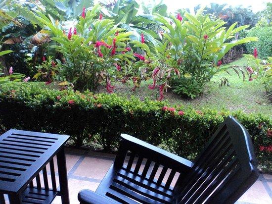 Arenal Manoa Hotel: Parte externa da habitação