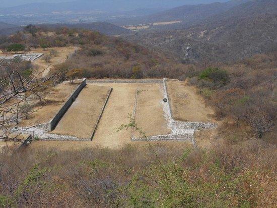 Archaeological Zone of Xochicalco : juego de pelota