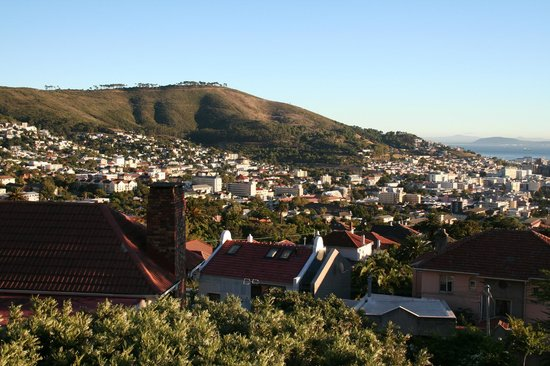 De Tafelberg Guesthouse: City view from room