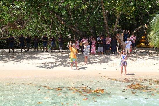 Qamea Resort And Spa Fiji: Our sendoff by the staff
