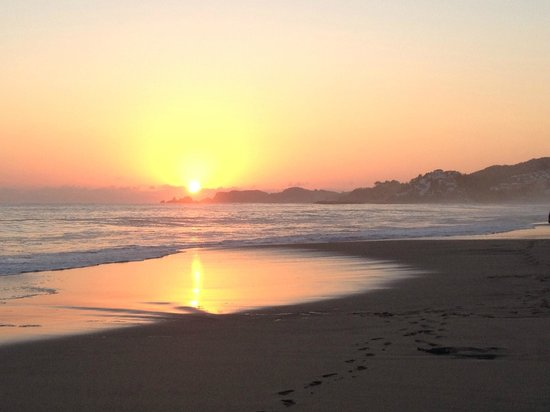 Sunscape Dorado Pacifico Ixtapa: Stunning sunsets each night