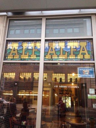 Alfalfa Restaurant: Store front