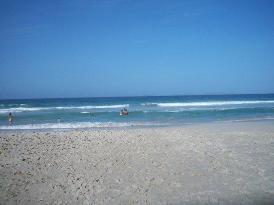 Isla Caribe Beach Hotel : playa el agua
