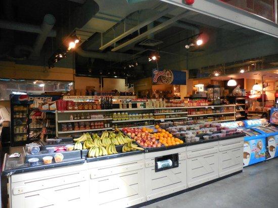 Eau Claire Market : A groceries shop