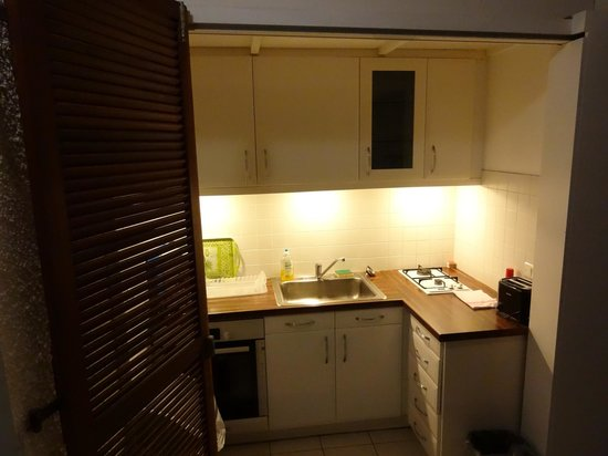 Le P'tit Morne Hotel: Kitchen