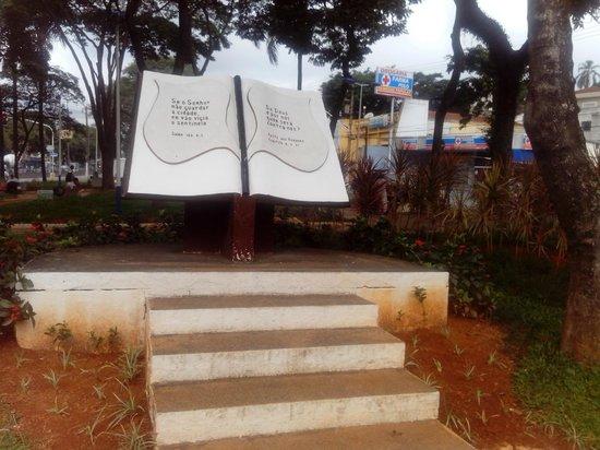 Taboao da Serra, SP: biblia